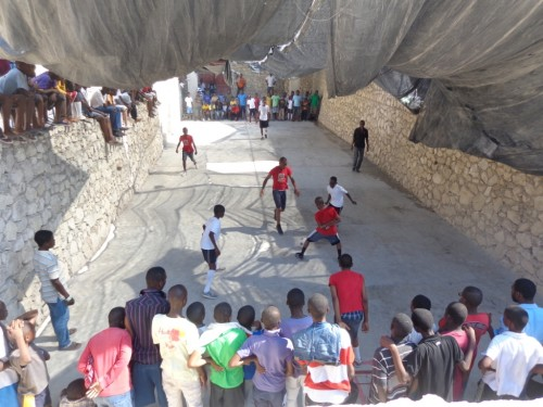 We had a one week soccer tournament for the 12 to 16 years old. Soccer is the national sport in Haiti. They so love Brazil that when the Brazilian team wins, they scream, they dance and they shoot in the air.